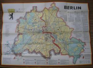 Berlin. - Fochler - Hauke, G. (Bearbeiter). - Herausgeber: Presse- und Informationsamt des Landes Berlin. - Berlin. JRO - Sonderkarte. Sonderdruck aus der ' Aktuellen JRO - Landkarte ' Nr. 167.
