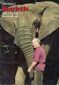 Howletts (Kent) A John Aspinall Zoo Park (Aspinall mit Elefant)