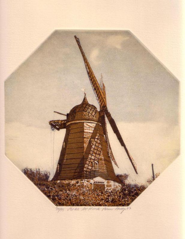 Riediger, Reimer. Mühle bei Kivik. Aquatintaradierung von achteckiger Platte in Braun, Orange u. Weiß.