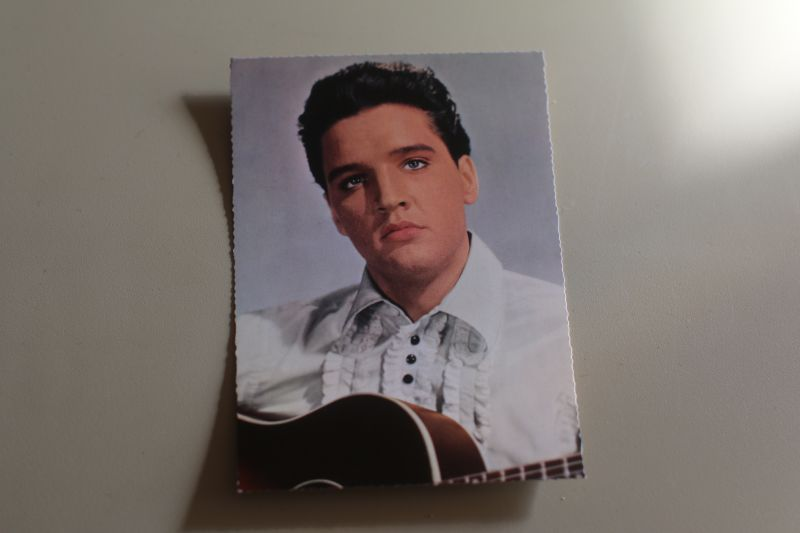 Elvis Presley Autogrammkarte mit Gitarre (ISV H 105)