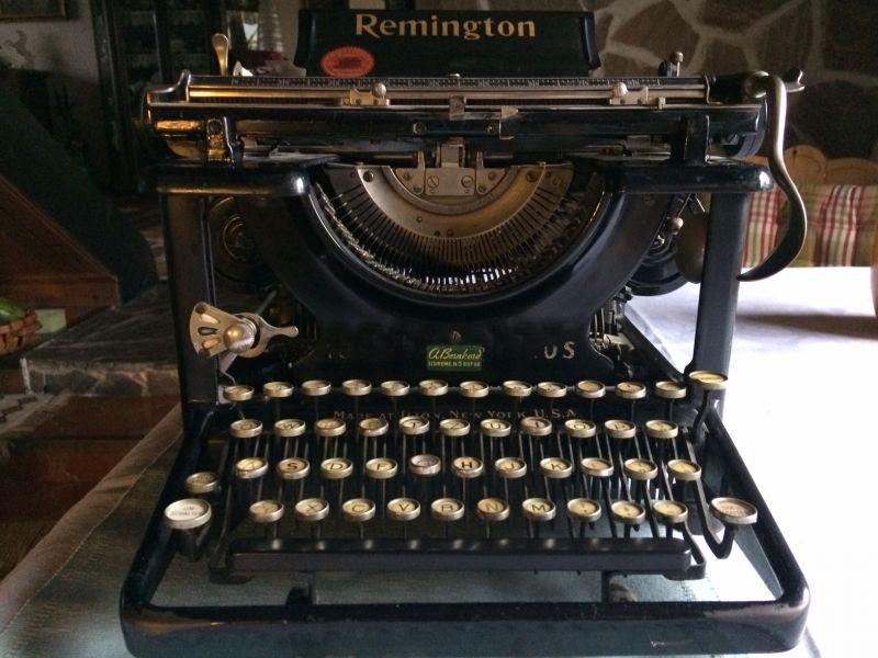Remington Schreibmaschine 10S