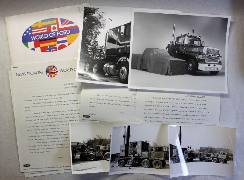 Orig Pressemapp World of Ford CL-9000 Fotos Trucks LKW Laster 1981 Automobile xz