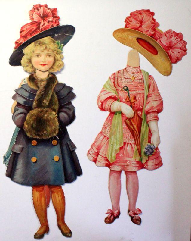 Riesengroße Papier Anziehpuppe Ankleidepuppe Mädchen Kleider & Hüte um 1900 sf