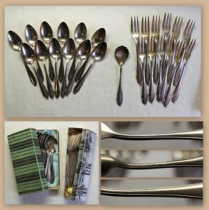 Besteck WMF 12 Kuchengabeln 12 Löffel 1 Zuckerlöffel Modell 2200 Barock Silber