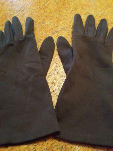 * Handschuhe *
