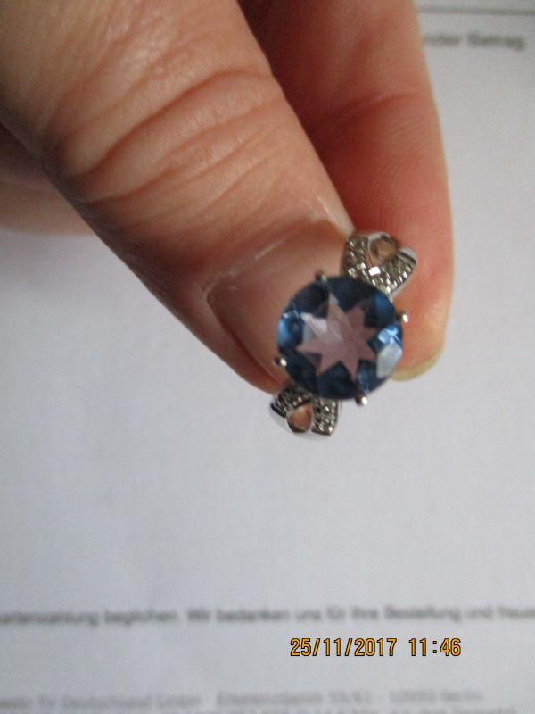 Silber 925,Ring,Farbwechsel-fluorit,aus brasilien,3,18 ct verziert mit 12 kl. weissen topase,edel verarbeitet