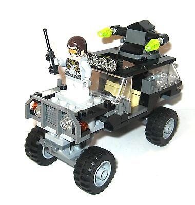 LEGO Marvel 76030 Duell mit den Hydra-Truppe (nur Avengers Jeep)+ Anleitung *K46