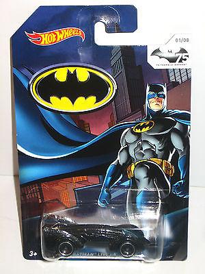 BATMAN 75 Years of Batman - LIVE BATMOBILE Auto HOT WHEELS Neu (L)