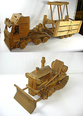 Großer LKW / Tieflader mit Caterpillar + Tragegestellt für Raupe Holz Eigenbau
