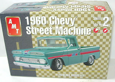 AMT 31519 Chevy Street Machine 1960 Auto Plastik Modellbausatz 1:25 (F1)