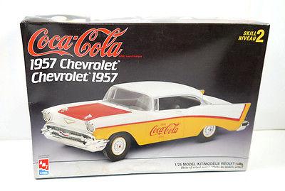 AMT ERTL 1888 Coca Cola Chevrolet 1957 Auto Plastik Modellbausatz 1:25 (F16)