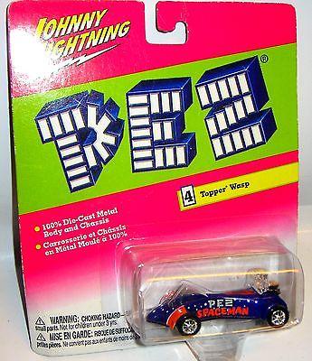 JOHNNY LIGHTNING Pez - Topper Wasp Spielzeugauto 7cm OVP /K11 0