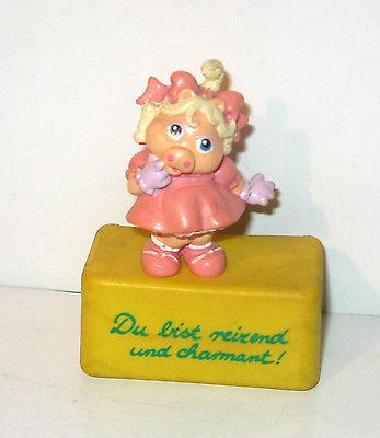 MUPPET BABIES Baby Piggi Gummifigur Figur auf Sockel SCHLEICH 1986 - #06 (K40)