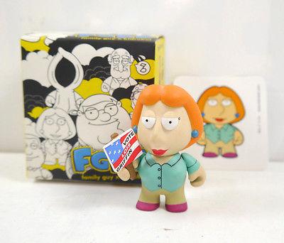 FAMILY GUY Lois Figur Actionfigur + Sammelkarte KIDROBOT mit OVP FGKR (L)