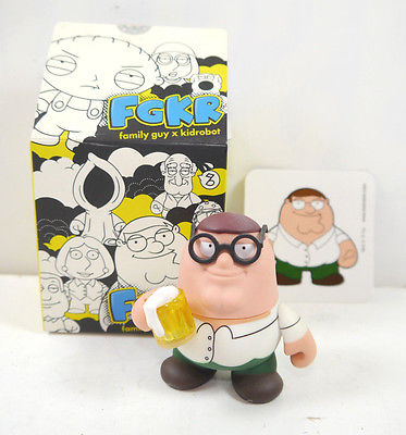 FAMILY GUY Peter Griffin Figur Actionfigur + Sammelkarte KIDROBOT FGKR  (L)