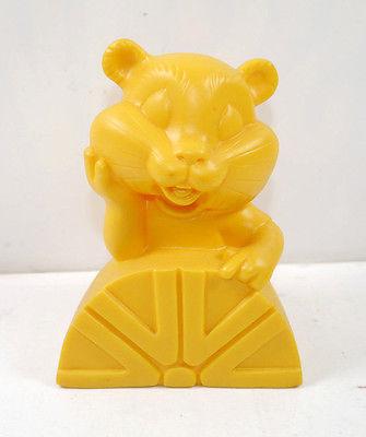 COMMERZBANK Goldi Hamster mit Logo Werbefigur Spardose Prototyp #B (K1)