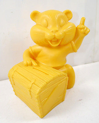 COMMERZBANK Goldi Hamster mit Schatztruhe Werbefigur Spardose Prototyp #A (K1)