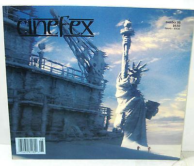 CINEFEX # 98 Film Magazin - Day after Tomorrow VAN HELSING Sky Captain (B6)