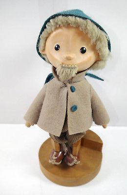 SANDMÄNNCHEN Sandmann Puppe mit Holzstandfuß Holzbase DDR ca.24cm (K41)