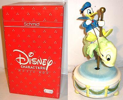 Disney Music Box SCHMID Porzellan - Donald reitet Fisch Spieluhr Figur (K30)