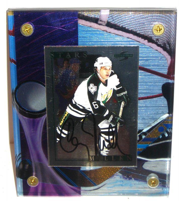 EISHOCKEY PLAYER CARD Corey Millen Karte im Acrylrahmen mit Autogramm #05 (K28)