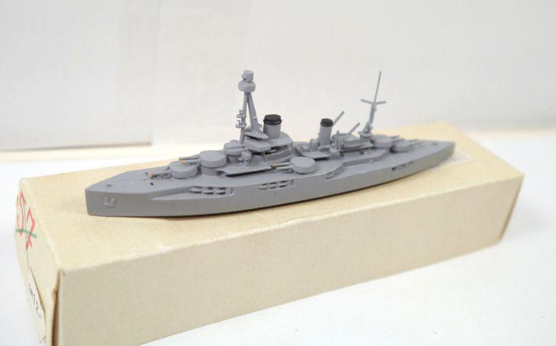 WIKING SCHIFFSMODELLE Schlachtschiff COURBET Standmodell 1:1250 mit OVP (K5)