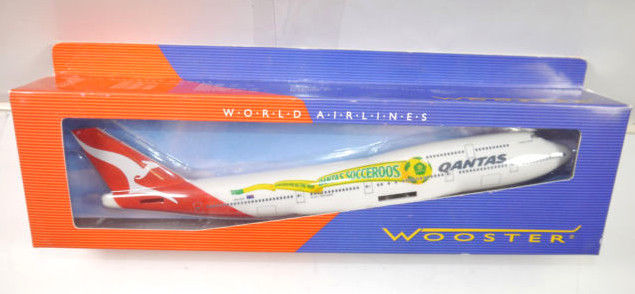 WOOSTER Qantas Socceroos B747-400 Flugzeugmodell Standmodell 1:250 (MF21)