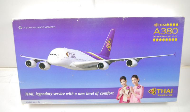 HERPA Thai Airbus A380 Flugzeugmodell Standmodell 1:250 mit OVP (MF19)