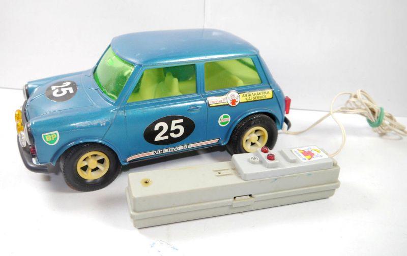 MISTER P M18 Mini Cooper Auto Car Griechenland Remote Controled ca.24cm (F2)