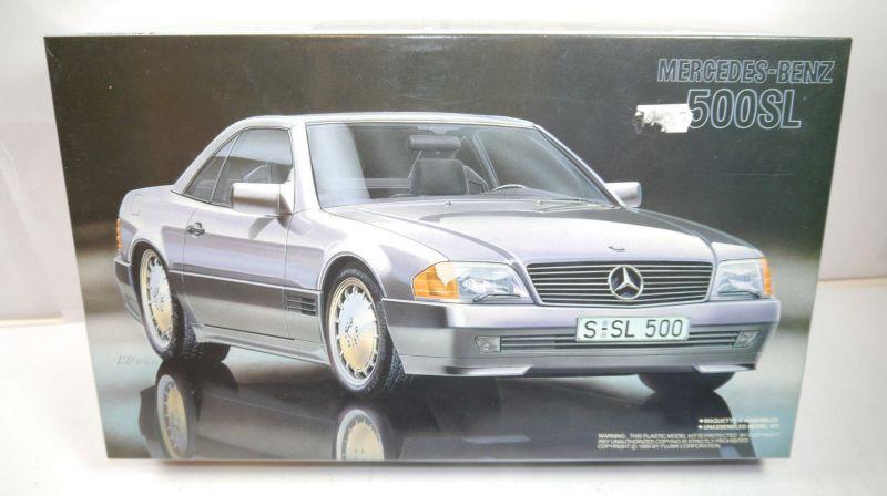 FUJIMI 12016 Mercedes-Benz 500 SL Auto Plastik Modellbausatz 1:24 mit OVP (MF19)