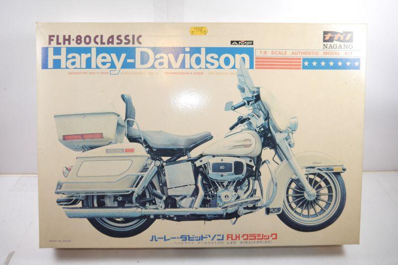 Nagano Harley Davidson FLH-80 Classic   Motorad Plastik Modellbausatz 1:8 (MF6 )