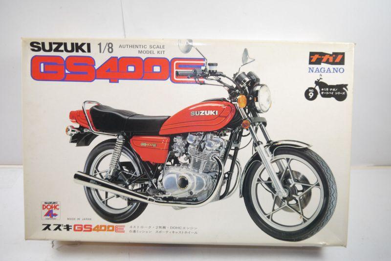 Nagano Suzuki GS400E  Motorad Plastik Modellbausatz 1:8 (MF12 )