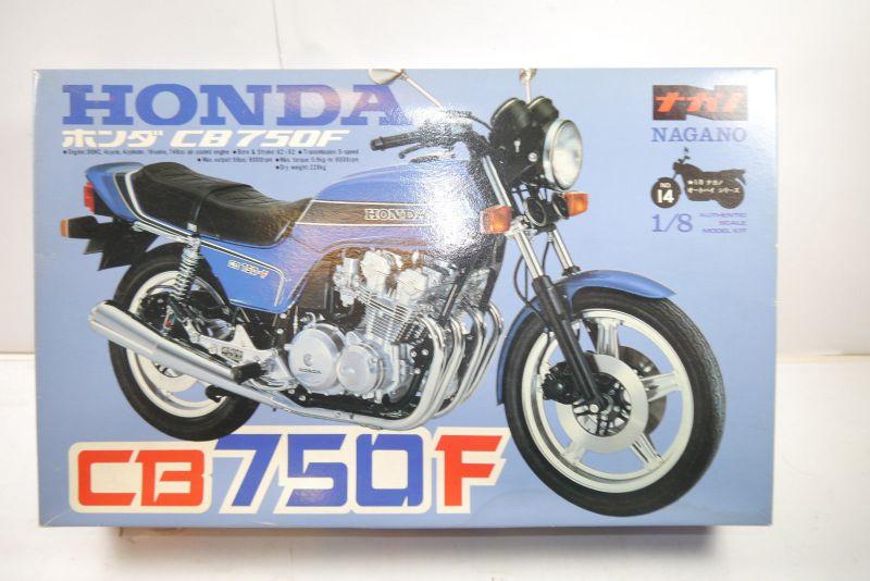 Nagano Honda CB750F   Motorad Plastik Modellbausatz 1:8 (MF6 )
