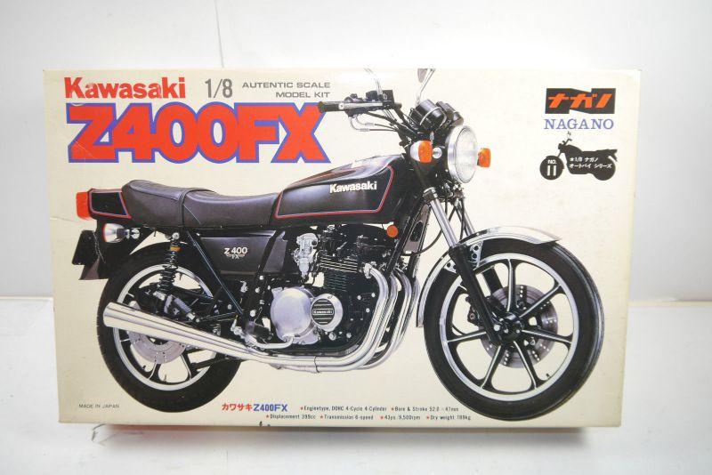 Nagano Kawasaki Z400FX  Motorad Plastik Modellbausatz 1:8 (MF6 )