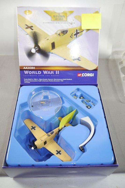 Corgi  World War II Focke Wolf 190A-4 Blacke    AA34304 Flugzeug 1:72 +OVP K49