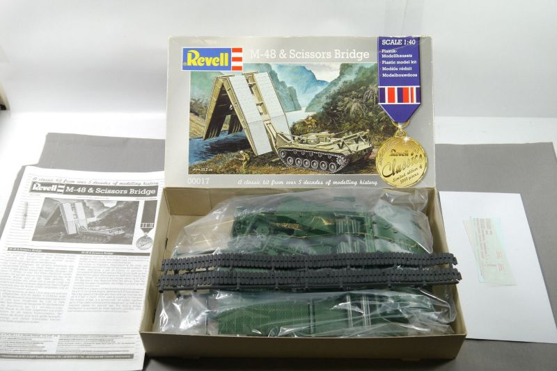 REVELL 00017 M-48 & Scissors Bridge  Panzer Modellbausatz 1:40  F2