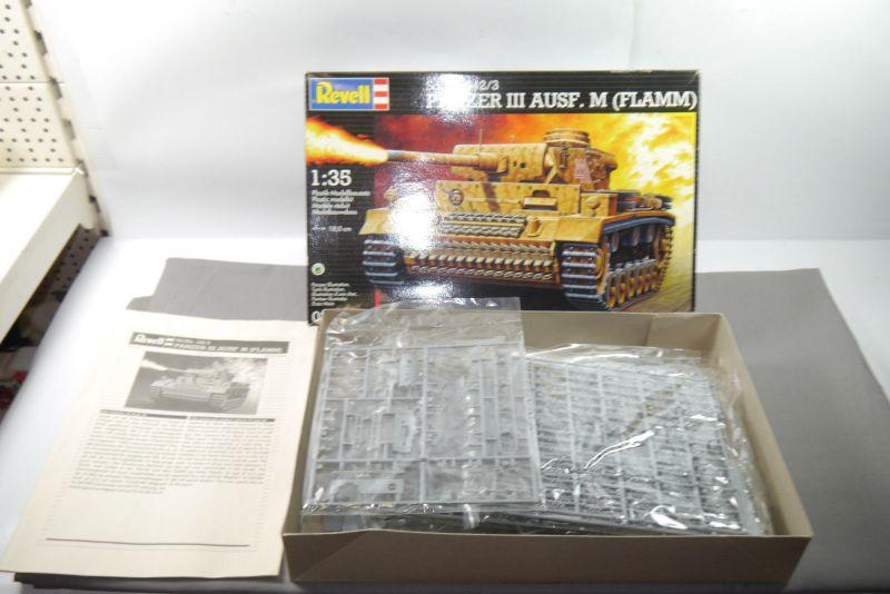 REVELL 03022 Sd.Kfz.142/3  Panzer III Ausf.M ( FLAMM )  Modellbausatz 1:35  F4