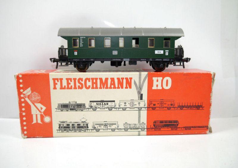 FLEISCHMANN 5062 Donnerbüchse / Personenwagen 2. Klasse Spur H0 (MF11)