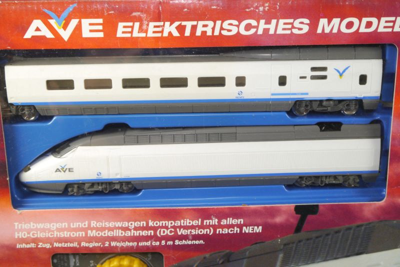 AVE Spanischer High-Speed Mehano Train Komplettset H0 Triebwagen Neu (F18) Z:1 1