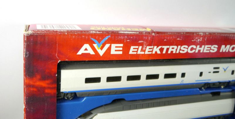 AVE Spanischer High-Speed Mehano Train Komplettset H0 Triebwagen Neu (F18) Z:1 5