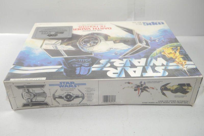 STAR WARS The Authentic Darth Vader Tie Fighter  Modellbausatz MPC ERTL 80er F1 1