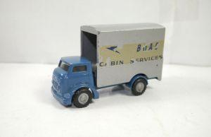 BUDGIE MODEL 302 BOAC cabin service Lift Truck Metall Modellauto ca.10cm (K91)