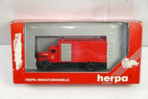 HERPA 042833 MAN 750L Gerätewagen Berliner Feuerwehr Modellauto 1:87 (K33) #E