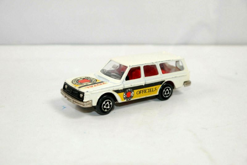 MAJORETTE No. 220 Volvo 245 DL TOUR DE FRANCE Officiels Modellauto ca.8cm (K29)