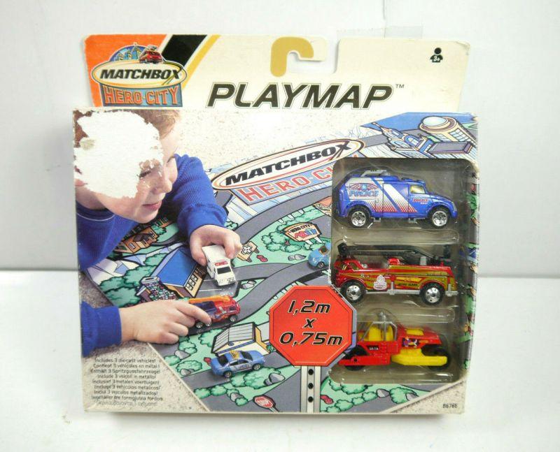 MATCHBOX Hero City PLAYMAP 3 Modellautos mit Spielmatte 1,2m x 0,75m (K29)