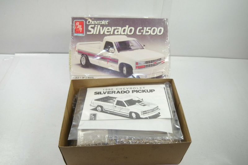 AMT ERTL 6069 Chevrolet Silverado C-1500 Auto Plastik Modellbausatz 1:25 (F10)