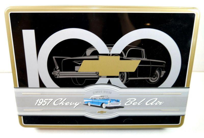 AMT 100 Years of Chevrolet   1957 Chevy Bel Air Plastik Modellbausatz 1:25 (F24)