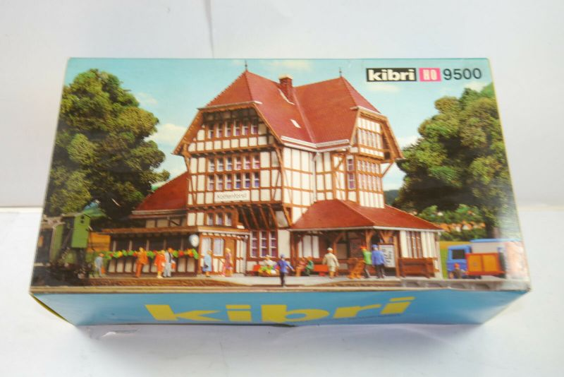 Kibri  9500 Bahnhof Kottenforst Plastik Modellbausatz H0 Neu ( F1 )