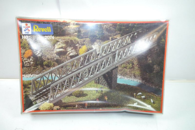 Revell  2074 Vorflutbrücken    Plastik Modellbausatz  H0 1:87  Neu  / OVP ( F1 )
