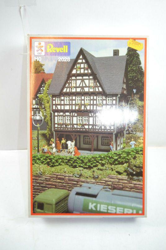 Revell  2028  Altstadtmuseum   Plastik Modellbausatz  H0  1:87  Neu  ( F1 )